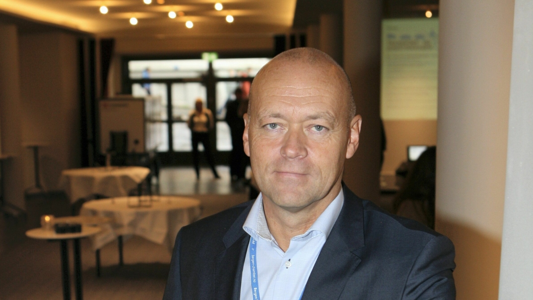 Harald Jacobsen, Konserndirektør Schibsted Trykk & Distribusjon og styreleder i Morgenlevering.no er på vei opp. Foto: Per Dagfinn Wolden.