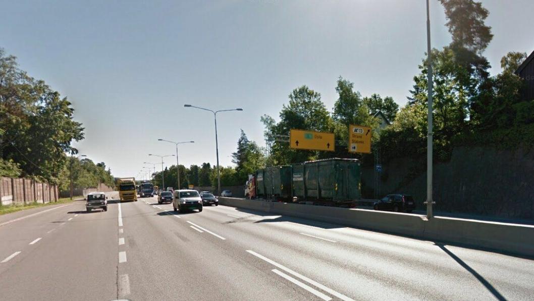 Strekningen Solvik - Ramstad på E18 i Bærum er sterkt trafikkbelastet av lastebiler.