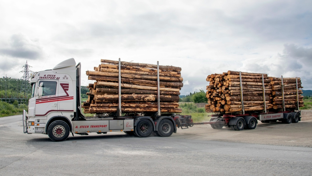 MER: 3,5 tonn mer nyttelast får Nils Arne Steen når han tar av tømmerkrana.