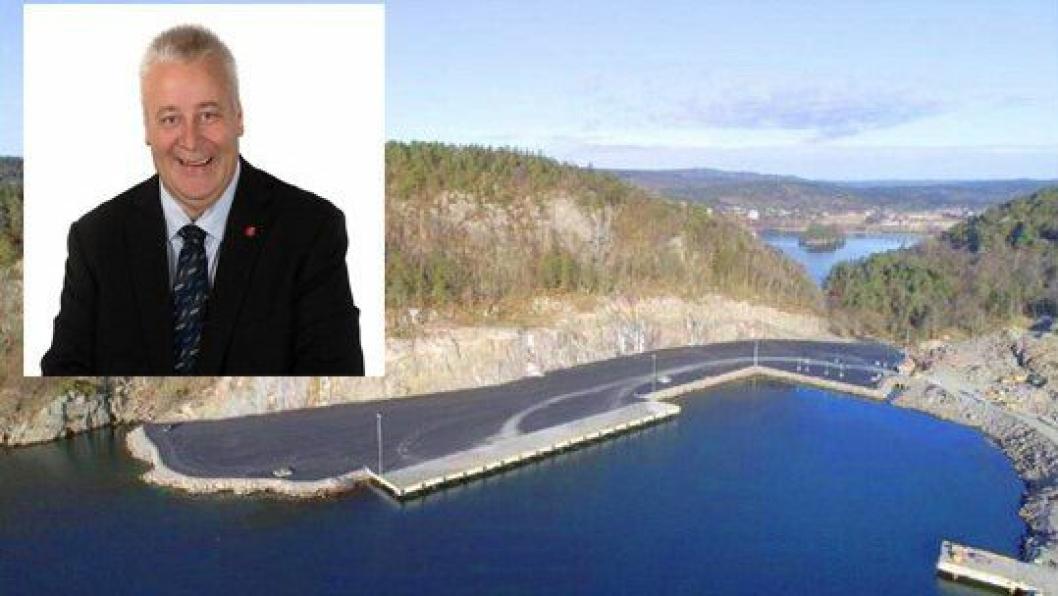 Landbruks- og matminister Bård Hoksrud (Frp) åpnet torsdag nye Strømsvika Tømmerhavn.