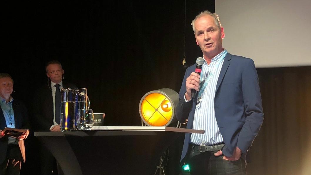 Administrerende direktør Ragnar Strand mottok prisen på vegne av NLP.