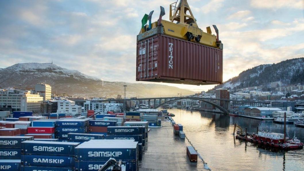 Flytting av godshavnen i Bergen til Ågotnes er et brennhett tema.