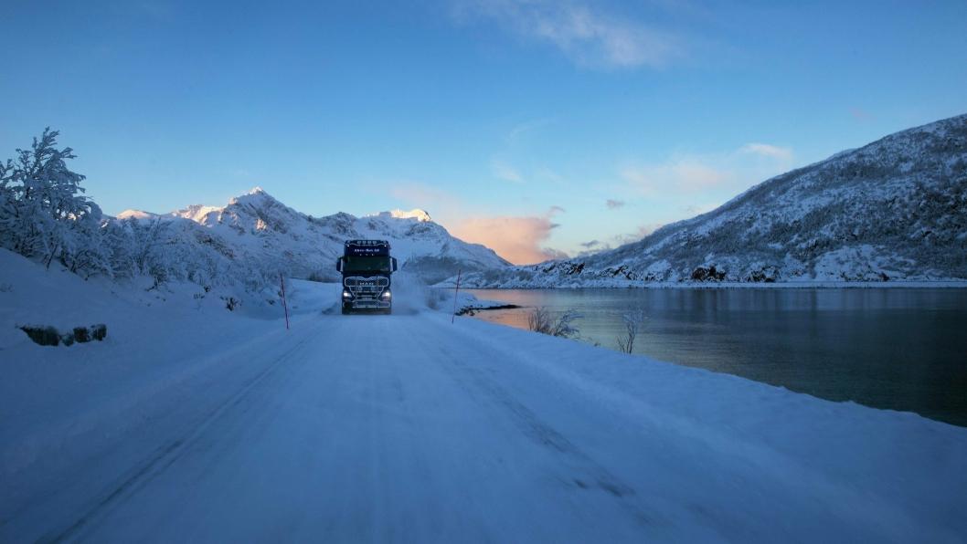 Vei-infrastrukturen i Troms har store utfordringer med å møte en eksplosiv vekst i tungtrafikken.