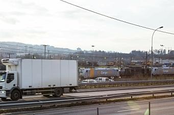 Krever støtte til gods på bane