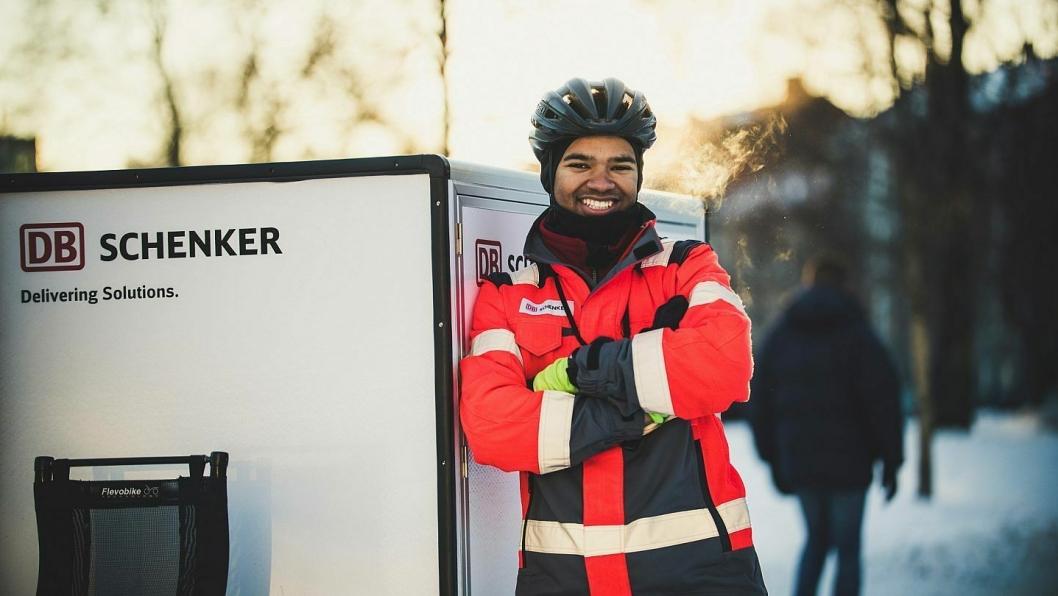 Benjamin Appiah er en god ambassadør både for arbeidsgiveren og Miljøhovedstaden 2019. (Foto: Simen Øvereng)