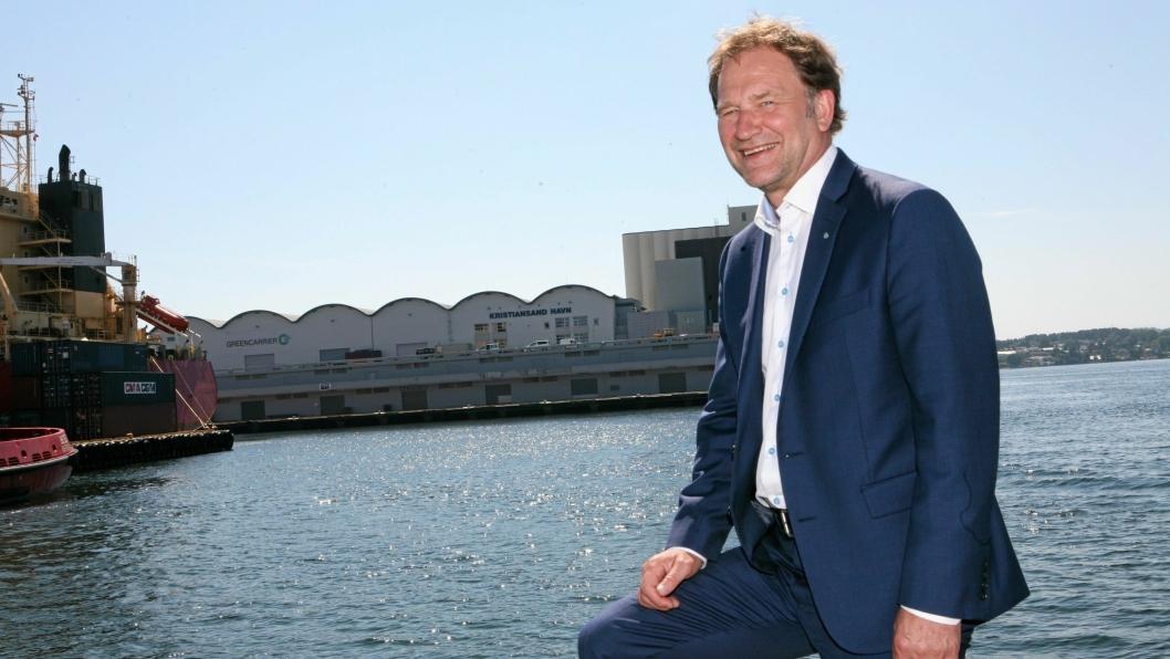 Halvard Aglen har fått et stort ansvar i utvikling og vekst av næringslivet langs kysten som styreleder i Norske Havner. Foto: Per Dagfinn Wolden