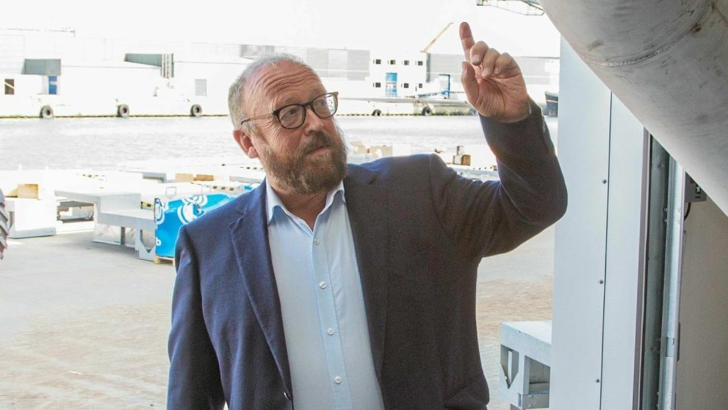 Administrerende direktør i Hav Line, Carl-Erik Arnesen, er frustrert over løgner som serveres i media om rederiets drift.