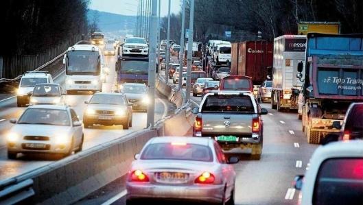 Hovedstadens samferdselsbyråd vil gi plass til godsbilene. Foto: Espen Braata