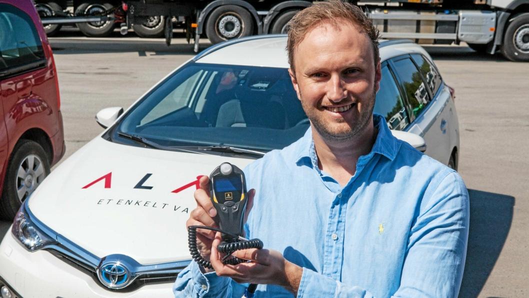 Poul Erik Hoffmann i Alås gleder seg over å ha blit NLFs partner på alkolåser.