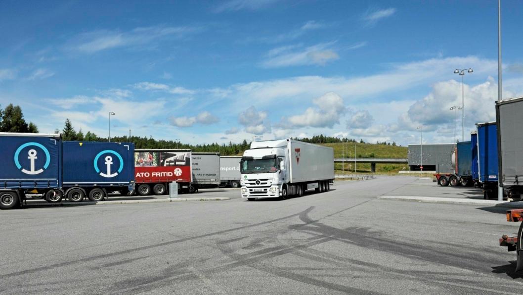 Ny teknologi kan brukes til å avsløre feil og mangler på vogntog før de blir stoppet i en tungbilkontroll. De nye systemene vil sannsynligvis først bli tatt i bruk på grensen ved Svinesund.
