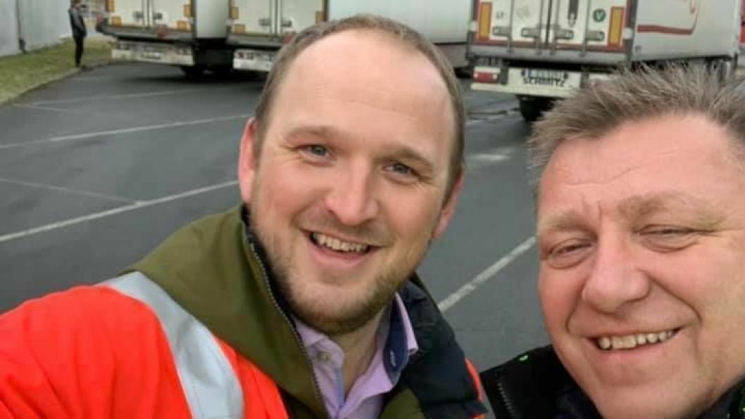 NLFs «lastebilgeneral», Geir A. Mo, er en av Norges viktigste stemmer i samferdselsdebatten. Her sammen med samferdselsminister Jon Georg Dale.
