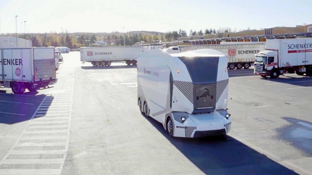 T-poden er på plass hos Schenker i Jönköping, og har vært i drift inne på lukket område. Nå kan den endelig kjøre på offentlig vei.