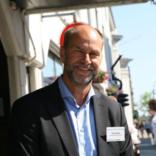 Adm. direktør Terje Aarbog i DHL Express er stolt av å representere toppen blant Norges beste arbeidsplasser. Foto: Per Dagfinn Wolden