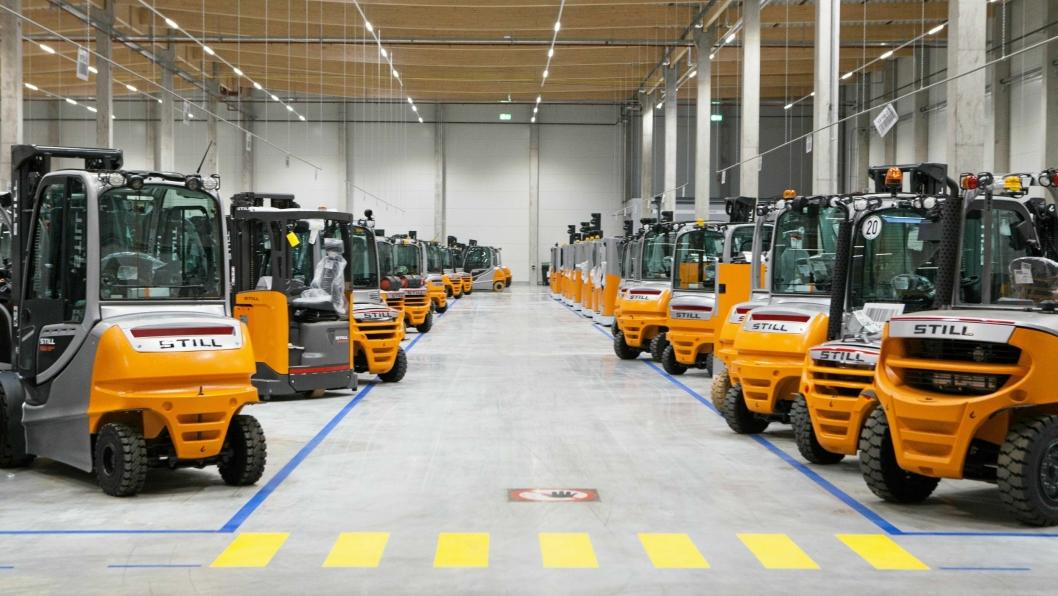 Still samler sin drift i Norden i ett selskap. Her fra fabrikken i Hamburg.