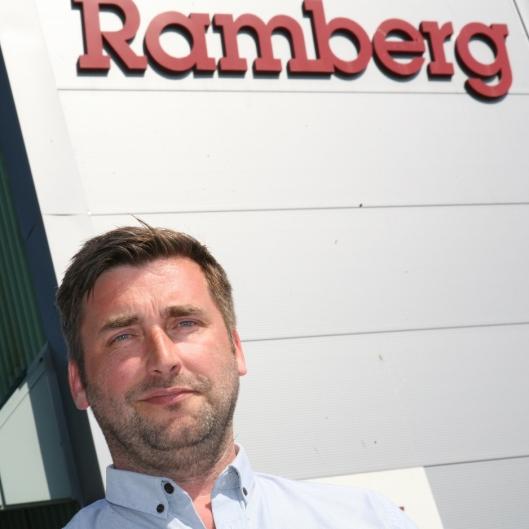 Salgs- og markedssjef Thomas Lindland har vært glødende dedikert til Ramberg gjennom 18 år. Foto: Per Dagfinn Wolden