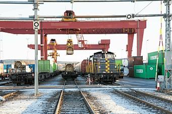 Over 320 millioner til gods på bane