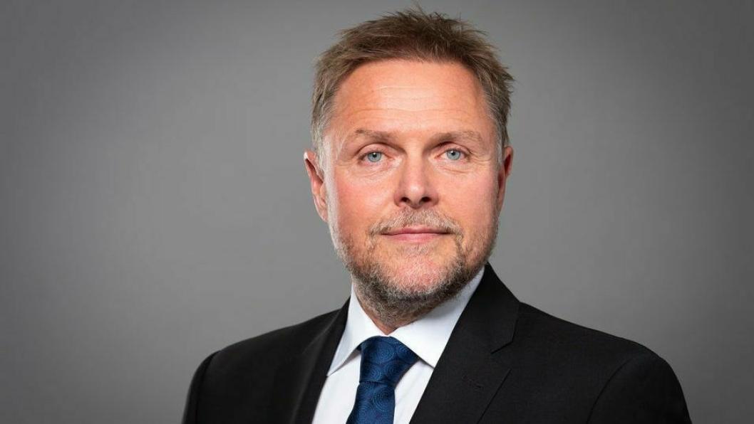 Kystrederienes administrerende direktør, Tor Arne Borge, stiller spørsmål ved samferdselsminister Jon Georg Dales uttalelse.