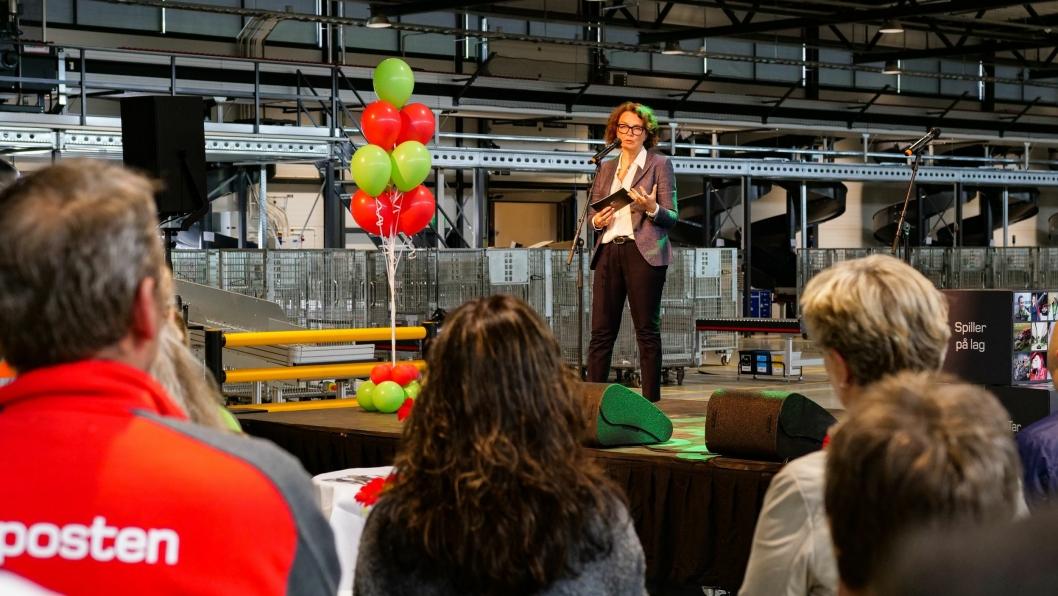 Tone Wille åpnet den nye logistikkterminalen for Stavanger-regionen onsdag.