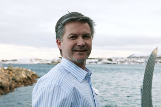 Terminalansvarlig Per Anders Brattgjerd i Nor Lines sier at summen av alle fraktefartøyene i Nor Lines Daily-nettverket vil gjøre sjøtransporten mer konkurransedyktig i forhold veitransporten. Foto: Per Dagfinn Wolden