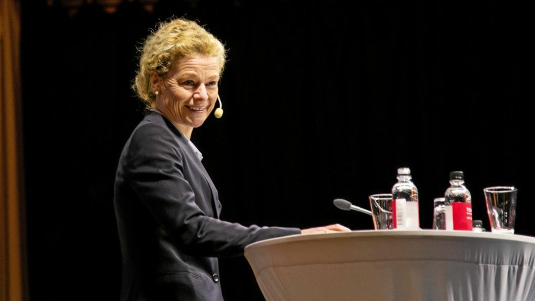 Annemarie Gardshol er fungerende konsernsjef og leder PostNord gjennom store omstillinger.