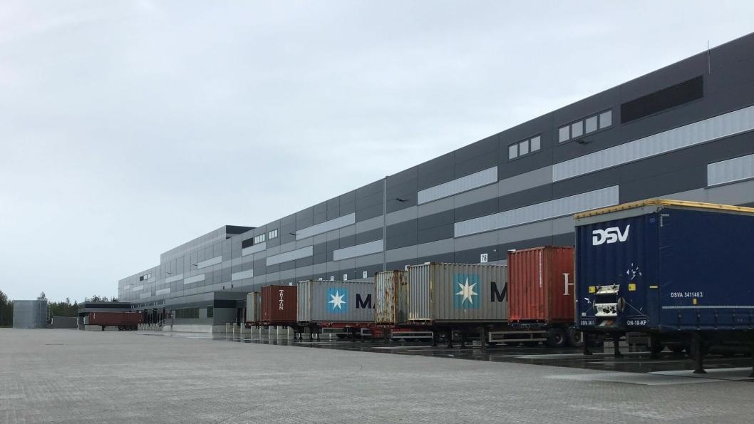 Å ha Europris sitt nye sentrallager på 60.000 kvadratmeter på nabotomta, er absolutt en stor fordel for innlandshavna og dens eier Moss Havn KF. Foto: Tove Irén Becker