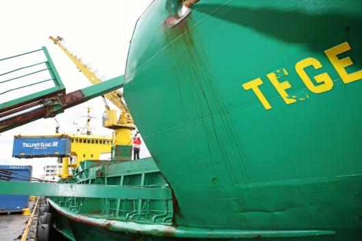 Tege fraktet containere langs kysten av Nord-Norge fram til2013. Foto