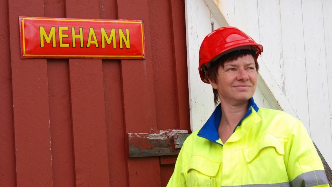 Den daglige lederen ved Nordkynterminalen i Mehamn, Nina Eilertsen, er tankefull om fremtiden.