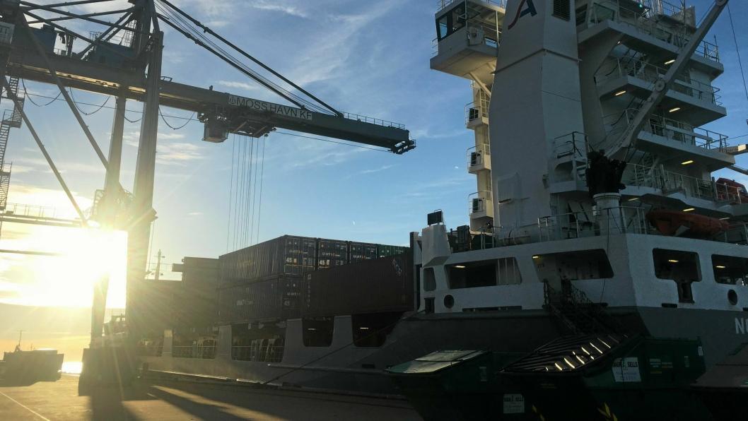 Viasea har i dag ruter fra England, Nederland, Tyskland, Polen og Litauen til Norge, der havnene i Moss, Oslo og Kristiansand anløpes.