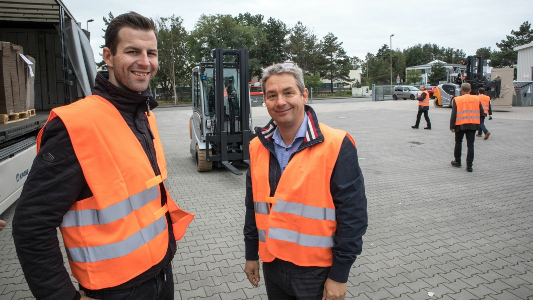 Markeds- og forretningsutviklingssjef, Mathias Henningsen (til venstre) og salgsdirektør Alan Sølvsten, representerte Still Nordic ved lanseringen.
