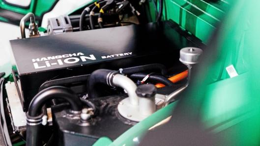 BATTERI: Litium-batteriet i 2,5-tonneren er på 21,68 kWh som standard, men kan også leveres med 32,32 kWh batteri. 3,0- og 3,5-tonns-variantene kan leveres med batteri på opptil 43,36 kWh.