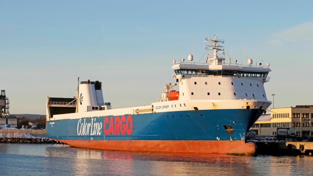 Color Carrier går tur retur Oslo-Kiel tre ganger i uken. Nå får godset en smart vei videre sydover i Europa via tog fra Kiel.
