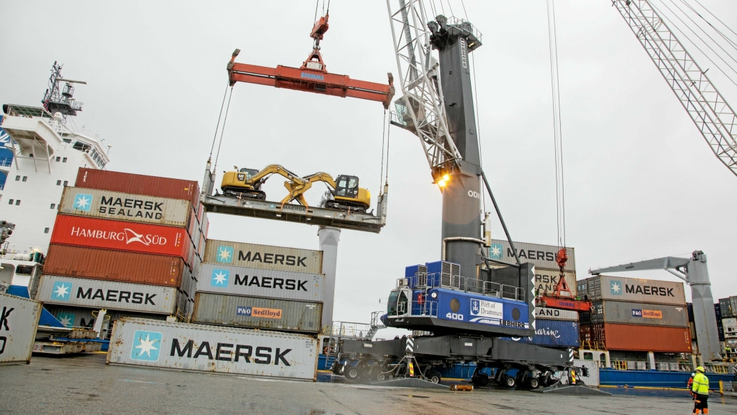 Regjeringen ønsker å legge til rette for mer gods sjøveien. Her fra Drammen Havn.