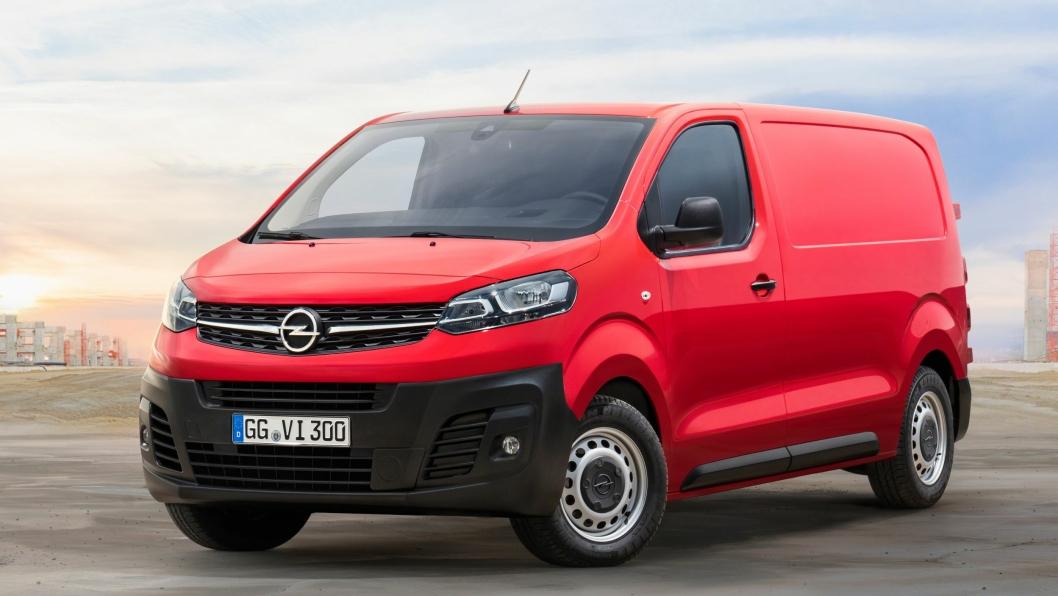 Opel Vivaro-e er på plass til høsten, og vil neppe skille seg særlig utseendemessig fra den ordinære Vivaro (bildet).