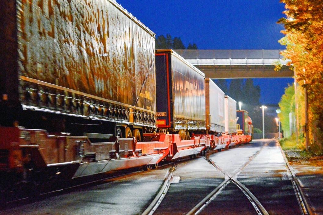 EFFEKTIVT: Torsdag kveld forlater toget Verona. Det er fremme i Kiel lørdag morgen.