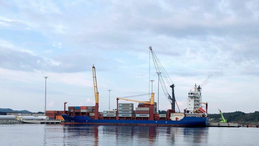 "Maersks containerskip ""JSP Sleipner"" vil fra lørdag 26. oktober anløpe Husøy utenfor Haugesund."