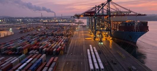 Samler containerterminaler i Aarhus og Gøteborg