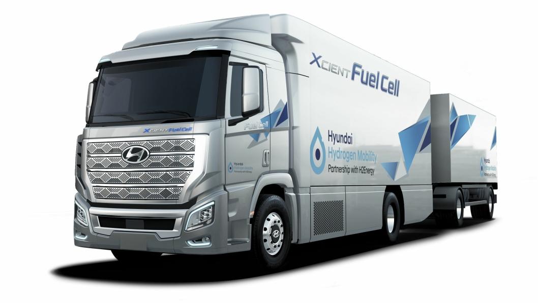 Dette er den hydrogendrevne lastebilen Hyundai skal levere 50 av i Sveits neste år.