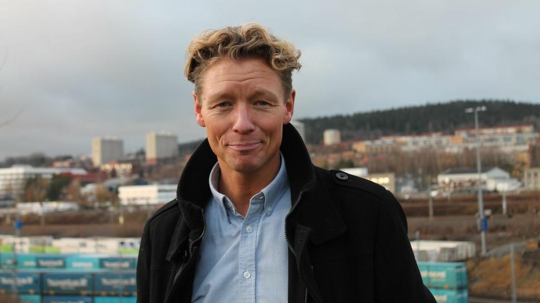SATSER: Gründeren Knut Botten har bred transport- og logistikkerfaring som offiser i Forsvaret, og har hatt ledende roller i bedrifter som DANX Group, Coca-Cola, Total Distribusjon Norge og KB TRANS.