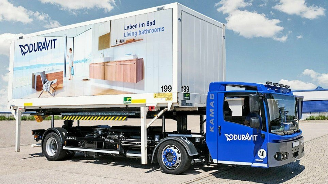 Det er rangereringsmaskiner av denne typen Brubakken nå leverer. Her fra utprøving hos en kunde i Tyskland.