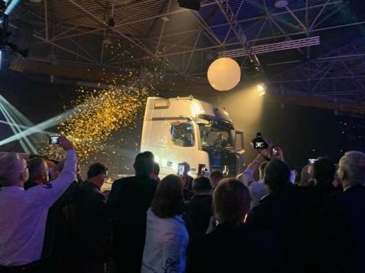 Det var stor ståhei da Mercedes-Benz Actros ble kåret til International Truck of the Year 2020 i Lyon, Frankrike på kvelden 20. november på Solutrans.