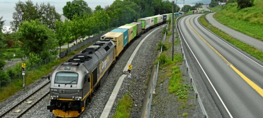 60 millioner til togselskapene