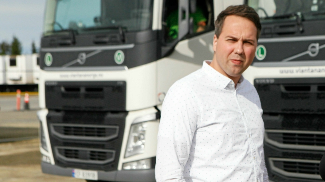 Styreleder i Vlantana Norge, Vladas Stoncius jr. hevder at lastebil.no bringer feilaktige opplysninger i sin artikkel.