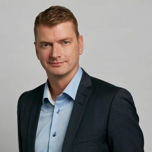 - Vi går nå inn i et nytt marked sammen med et særdeles kompetent team, sier CEO Knut Sollund.