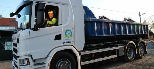 Fikk låne lastebil på biogass