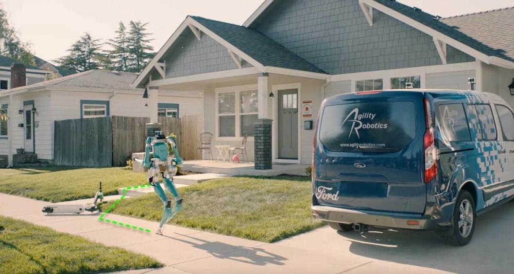 Digit i aksjon ved en levering på døra.
