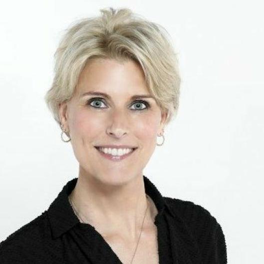 Helene har mer enn 20 års erfaring innen digital markedsføring og kommunikasjon. I Innovasjon Norge leder hun The Explorer – Norges eksportplattform for grønn teknologi.