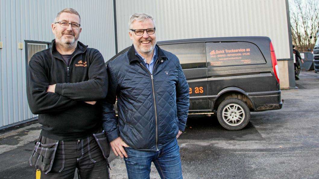 SERVICEMINDED: Daglig leder Bjørnar Henriksen (til venstre) og salgssjef Erik Nicolaisen fremhever viktigheten av god service for å lykkes.