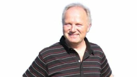 En epoke er over for Atle Olav Larsen som etter 36 år overlater sjefsstolen i Orkla Shipping & Trading til yngre krefter 1. mars.