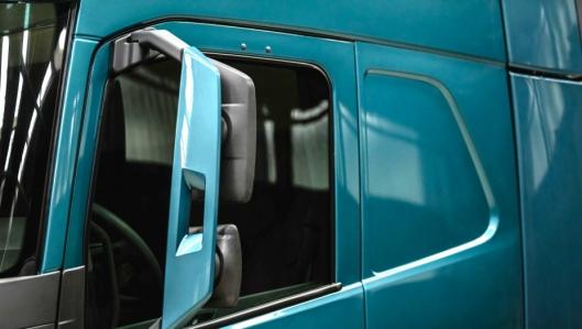 Ny Volvo FM, lansert av Volvo Trucks 27. februar 2020.Ny utforming av dører og speil gir bedre sikt for sjåføren.