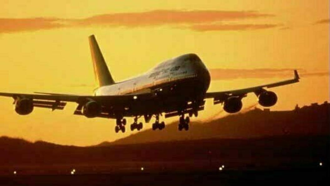 Fly med en million munnbind og annet smittevernutstyr landet på Gardermoen i natt.